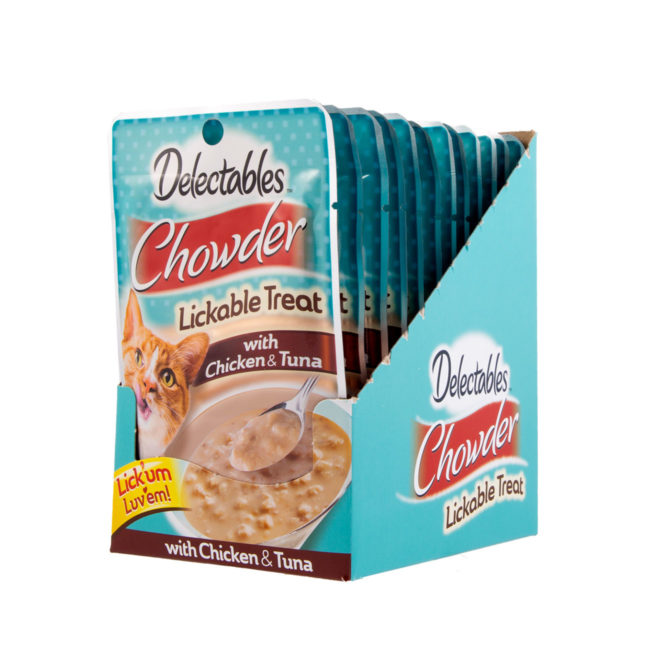 Hartz Delectables™ Lickable Treat chowder. Front of carton. The opened carton has a picture of a cat and Hartz Delectables lickable treat chowder.