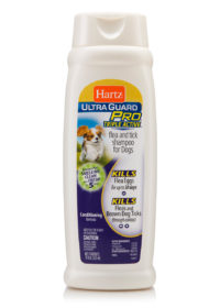 A triple active flea and tick shampoo for puppies, Hartz SKU 3270011069