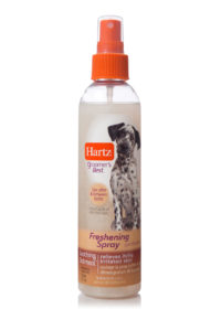 A grooming spray for dogs to relieve itchy skin, Hartz SKU 3270015404