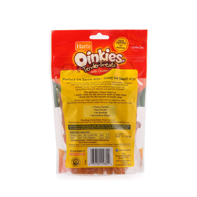 A pack of 18 Hartz oinkies tender treats, with real chicken, Hartz SKU 3270015682