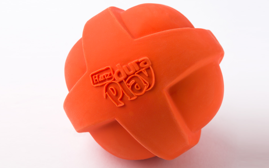 Hartz Dura play ball. Hartz dura play dog toy line have squeaky dog toys for puppies.