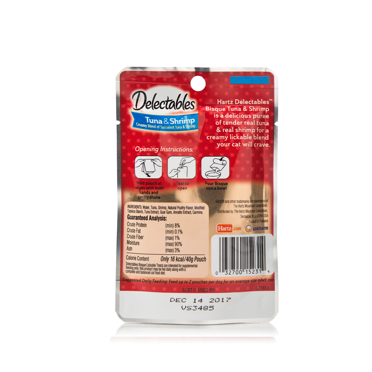 Hartz Delectables Lickable Treat for cats, back of package. Tuna and Shrimp Bisque.